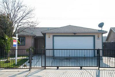4932 E HOXIE AVE, Fresno, CA 93725 - Photo 1