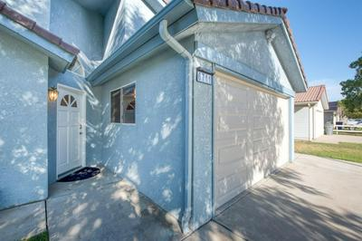 6711 N CONSTANCE AVE, Fresno, CA 93722 - Photo 2