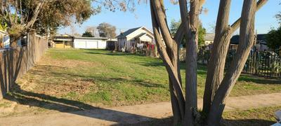 2681 S 11TH ST, Fresno, CA 93725 - Photo 1