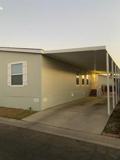 2575 S WILLOW AVE SPC 120, Fresno, CA 93725 - Photo 2