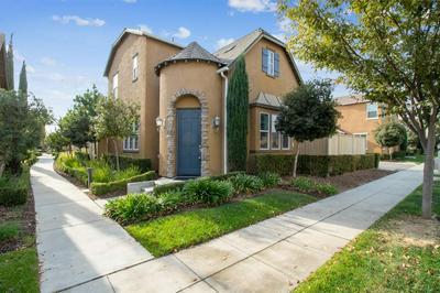 4140 TRENTON AVE, Clovis, CA 93619 - Photo 1