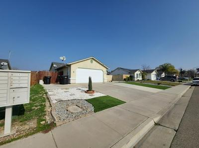3130 GOLDRIDGE ST, Selma, CA 93662 - Photo 2