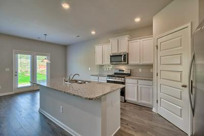 238 EXPEDITION DR, North Augusta, SC 29841 - Photo 2