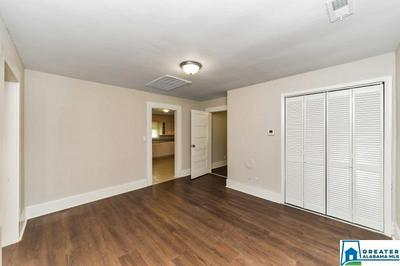 381 SOUTHVIEW RD, Sylacauga, AL 35150 - Photo 2