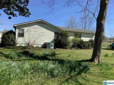 902 ELEANOR TER, Childersburg, AL 35044 - Photo 2