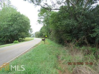 357 PLEASANT HILL CIR, Martin, GA 30557 - Photo 2