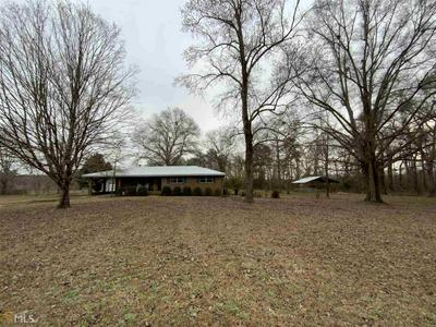 324 DILLARD RD, Cochran, GA 31014 - Photo 1
