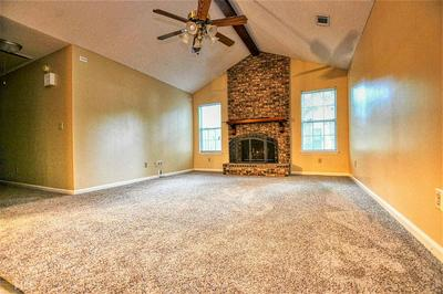 105 WOODRIDGE CT, Kingsland, GA 31548 - Photo 2