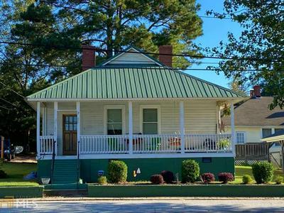 7 E PALMETTO ST, Porterdale, GA 30014 - Photo 1