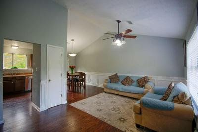 1172 SEATTLE SLEW LN, Norcross, GA 30093 - Photo 2