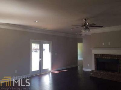 8719 HARDWOOD TRL # 27, Lula, GA 30554 - Photo 2