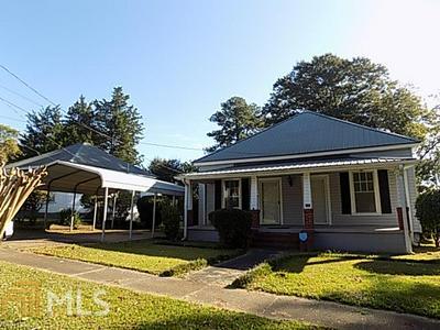 813 TRUITT AVE, LaGrange, GA 30240 - Photo 1