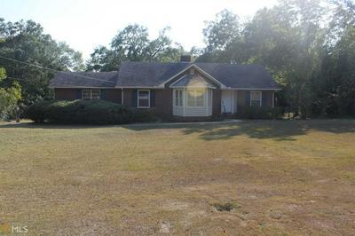 210 SPENCER ST, Barnesville, GA 30204 - Photo 1