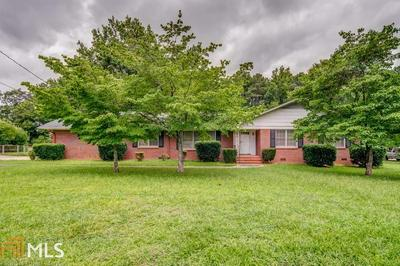 215 MADDOX RD, Griffin, GA 30224 - Photo 1