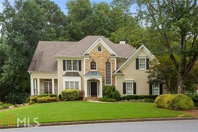 10515 HONEY BROOK CIR, Johns Creek, GA 30097 - Photo 2