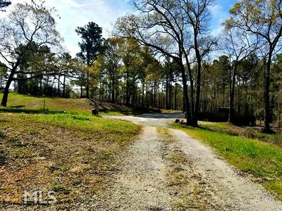 224 ENGLEWOOD RD # 2/8, Winder, GA 30680 - Photo 1