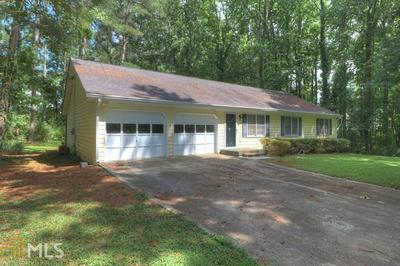 2105 CHAPARRAL DR, Snellville, GA 30078 - Photo 2