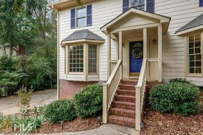 235 WICKERBERRY HOLW, Roswell, GA 30075 - Photo 2