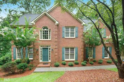 130 WILLOWCREST CT, Roswell, GA 30075 - Photo 1