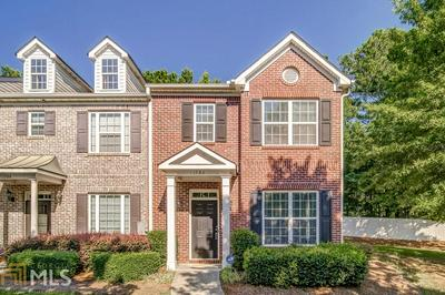 1786 HEIGHTS CIR NW, Kennesaw, GA 30152 - Photo 1