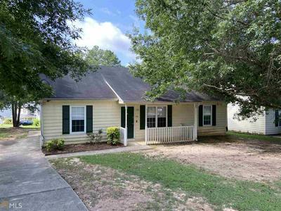 9131 CLUBHOUSE DR, Riverdale, GA 30274 - Photo 1