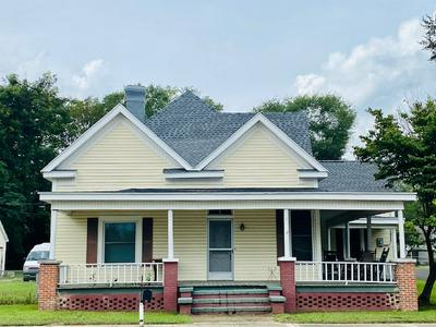 18215 MAIN ST, Woodbury, GA 30293 - Photo 1