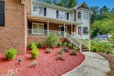 5065 MAGNOLIA BLUFF DR, Sandy Springs, GA 30350 - Photo 2
