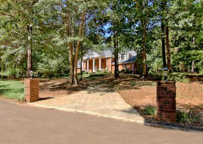130 SAINT ANDREWS DR, Fayetteville, GA 30215 - Photo 2