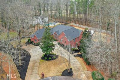 615 RED MAPLE LN, Alpharetta, GA 30004 - Photo 2