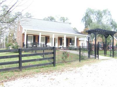 839 SANDY CREEK RD, Fayetteville, GA 30214 - Photo 2