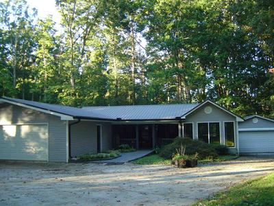 357 HILLSHORE RD, Lavonia, GA 30553 - Photo 1