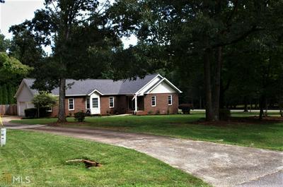 215 FIRETHORN LN, Fayetteville, GA 30215 - Photo 1
