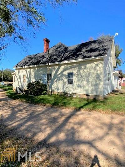 1060 OLD ROYSTON RD, Canon, GA 30520 - Photo 2