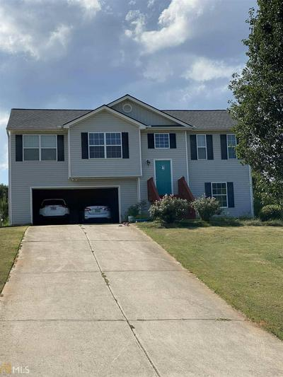 1215 CLEARWATER DR, Winder, GA 30680 - Photo 1