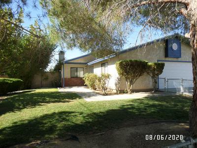 7424 HEATHER AVE, California City, CA 93505 - Photo 1