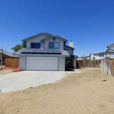 9925 SANDTRAP CT, California City, CA 93505 - Photo 1