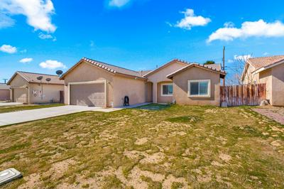 3459 ROXBURY ST, ROSAMOND, CA 93560 - Photo 2
