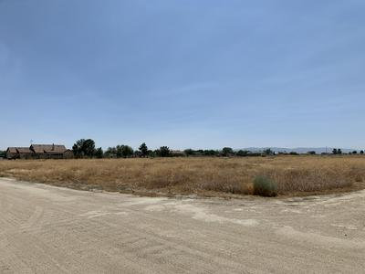CYPRESS AVE AT 77TH ST W, Rosamond, CA 93560 - Photo 2