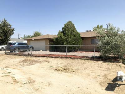 8448 GREAT CIRCLE DR, California City, CA 93505 - Photo 2