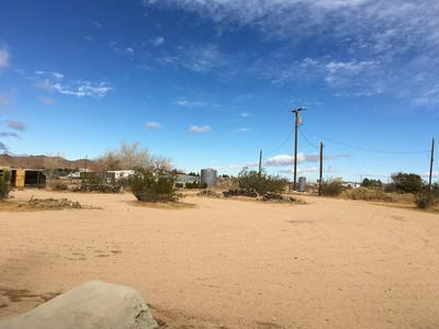 243 E BALBOA AVE, Mojave, CA 93501 - Photo 2