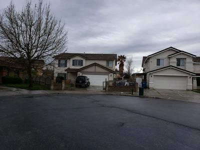 45657 CALEDONIA CT, LANCASTER, CA 93534 - Photo 2