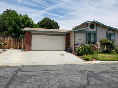 27571 ONYX LN, Castaic, CA 91384 - Photo 1