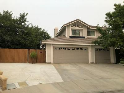 3319 LENNOX CT, Palmdale, CA 93551 - Photo 2