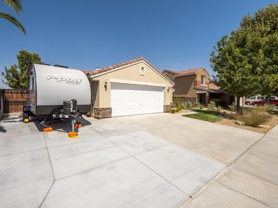 2809 W LINGARD ST, Lancaster, CA 93536 - Photo 2