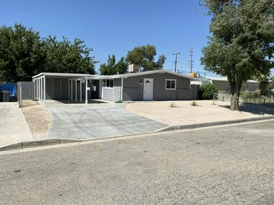 1015 W AVENUE J6, Lancaster, CA 93534 - Photo 2