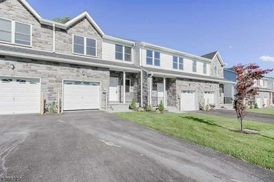 25 DECROCE CT, Parsippany-Troy Hills Twp., NJ 07054 - Photo 2