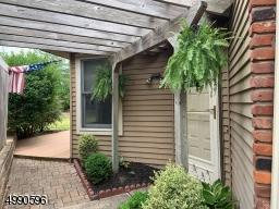 8 DRIFTWOOD DR, Franklin Twp., NJ 08873 - Photo 2