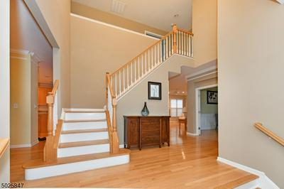 27 SKYTOP RDG, Oakland Boro, NJ 07436 - Photo 2