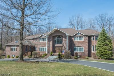 25 HIGH MOUNTAIN DR, Montville Township, NJ 07005 - Photo 1