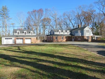 65 HOLLAND RD, Peapack Gladstone Boro, NJ 07931 - Photo 1